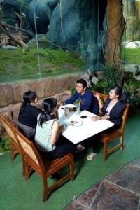 Jungle Fast Food Kota Wisata Batu