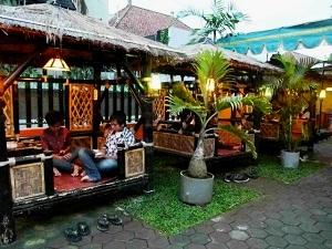 Rampal Moeka Cafe Malang