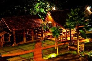 Hotel Kampung Lumbung Batu