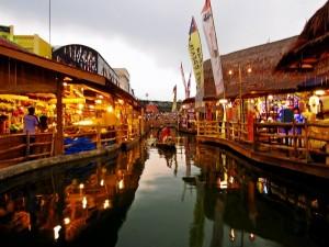 Pasar Apung Kota Batu