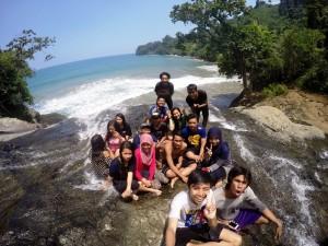 Pantai Air Terjun Banyu Anjlok Malang