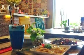 The Acara Cafe Karanglo Malang