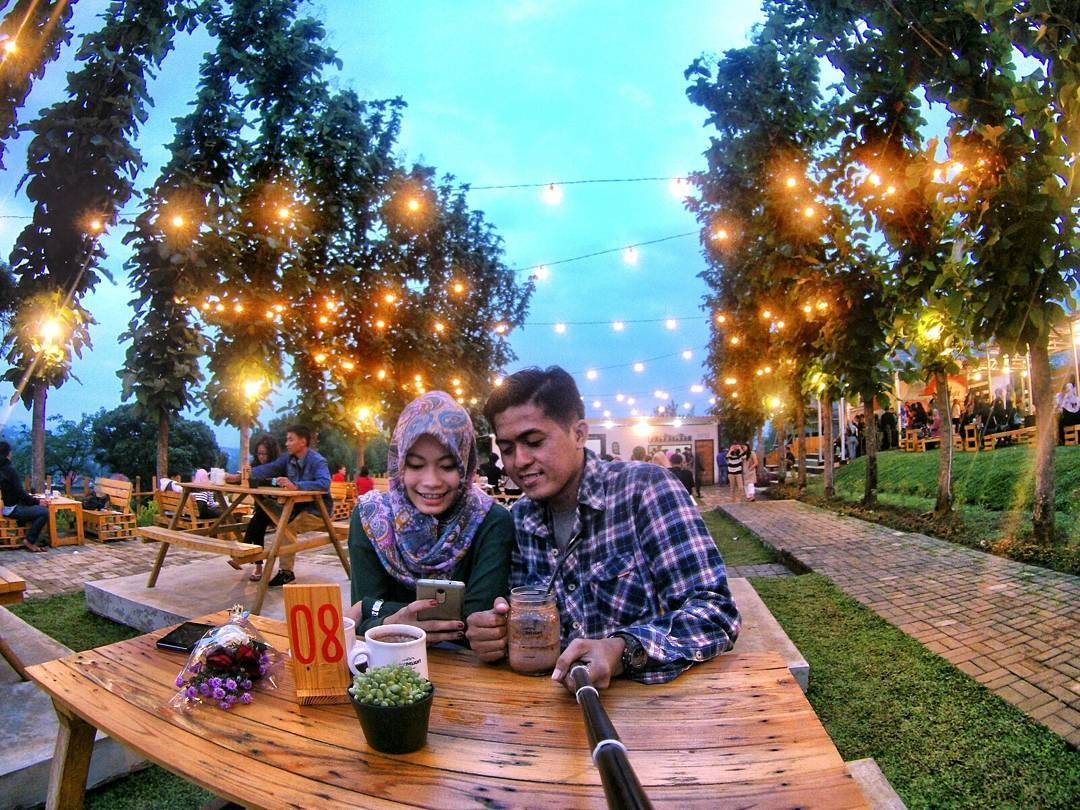 Cafe Bukit Delight Malang