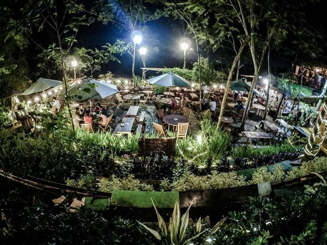 5 Cafe Outdoor di Malang Raya Dengan View Menakjubkan