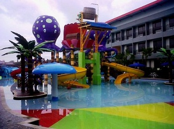 Batu Wonderland Water Park Hotel & Resort