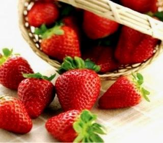 Kedai Strawberry Kusuma Agrowisata Batu