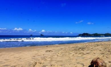 Pantai Bajul Mati MG