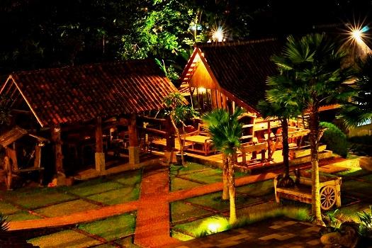 Hotel Lumbung Batu