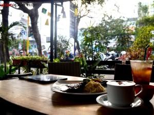 Simpang Luwe Food and Cafe