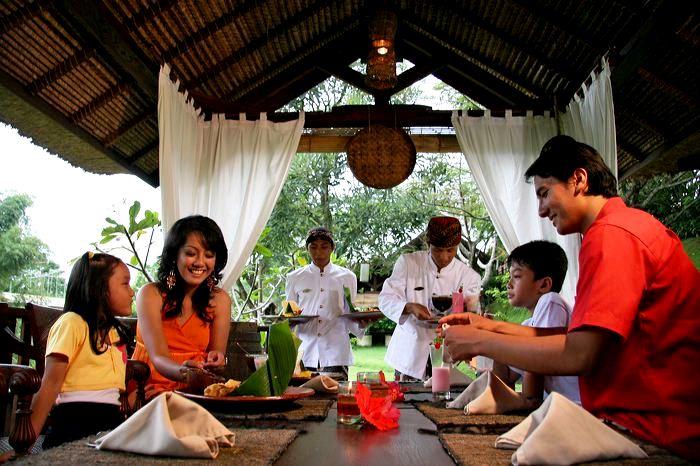 Tempat Makan Enak Terbaik di Kota Malang