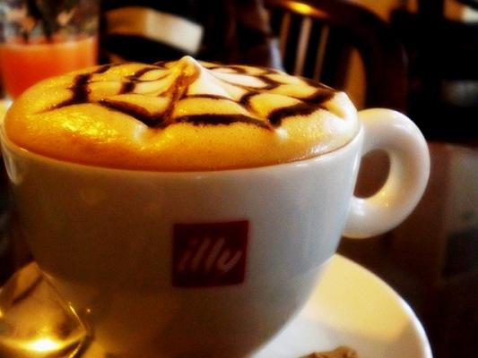Cafe illy Kota Malang