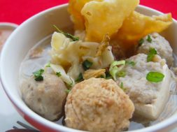 Daftar bakso daging sapi dan babi di Malang